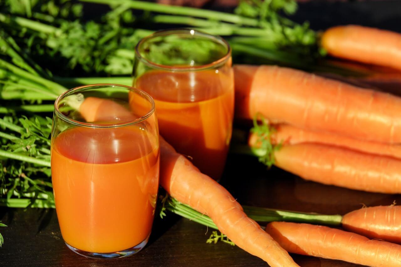 Бета-каротин и витамин А Его миссия - защищать от старения, укреплять иммунную систему, предотвращать развитие атеросклероза и инфицирование дыхательной и пищеварительной систем.