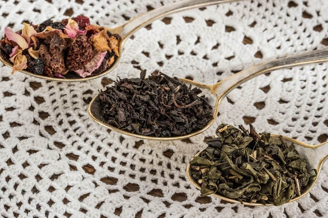 tea-leaf-1797125_1280